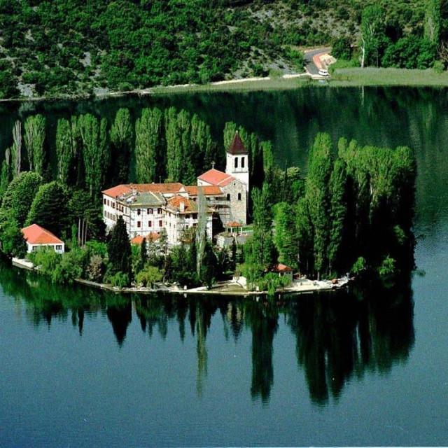 Visovačko jezero
