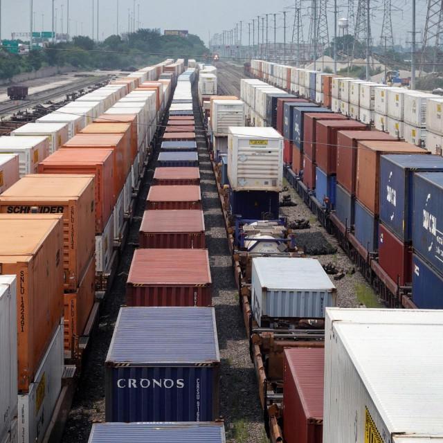 Kontejneri za pomorski prijevoz, Ilustracija