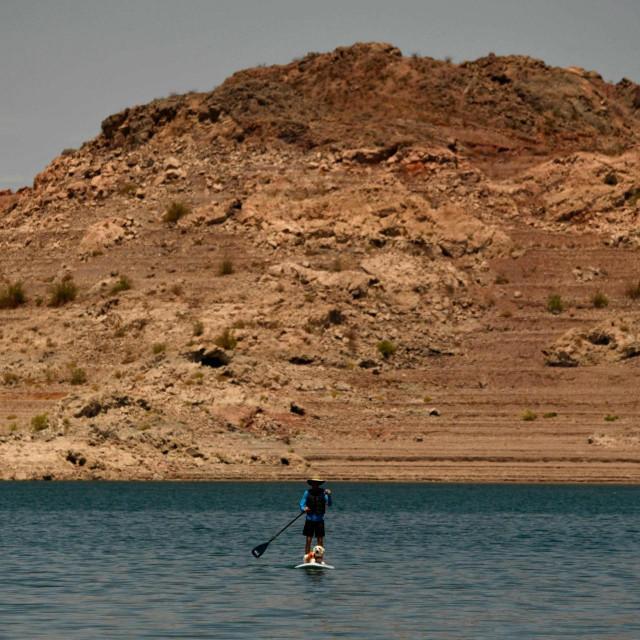 Jezero Mead