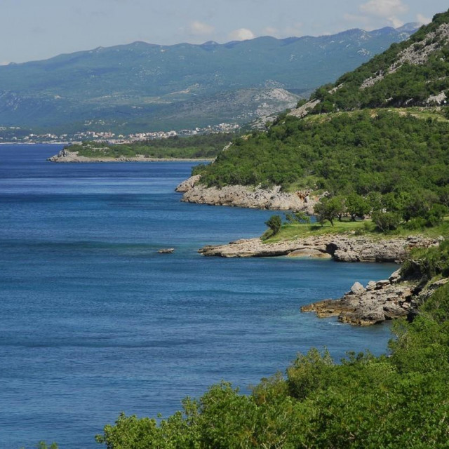 Jadranska obala između Klenovice i Senja, arhivska fotografija
