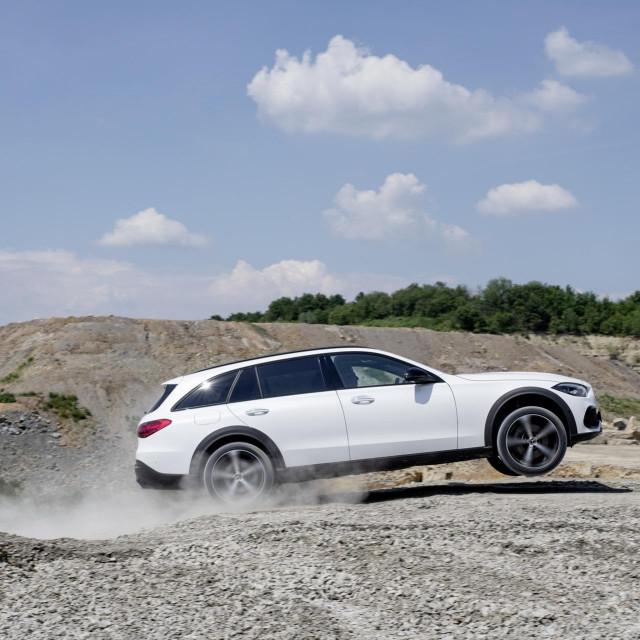 2022 Mercedes C-klasa All-Terrain