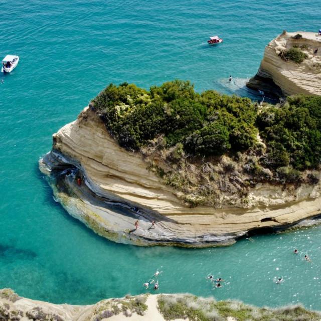 Kanal ljubavi, najpoznatija plaža na Krfu