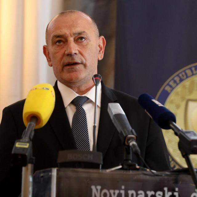 Tomo Medved, potpredsjednik vlade i načelnik StožeraCivilne zaštite za otklanjanje posljedica potresa