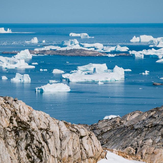 Otapanje ledenjaka na Grenlandu