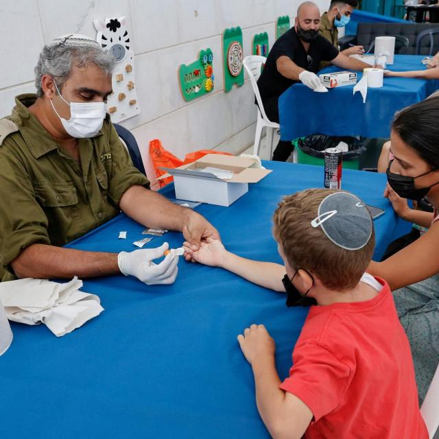 Izrael je djecu koja još ne mogu primiti cjepivo odlučio masovno testirati na antitijela koronavirusa