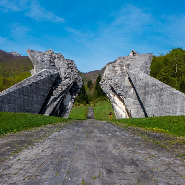 Memorijalni kompleks Tjentište, općina Foča (autor: Miodrag Živković)
