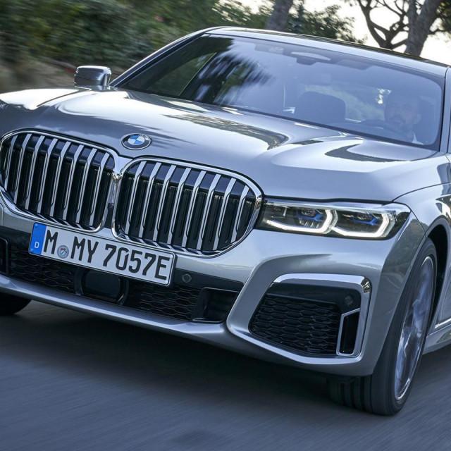 BMW Serija 7 Hibrid