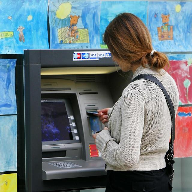 Bankomat Erste banke, Ilustracija