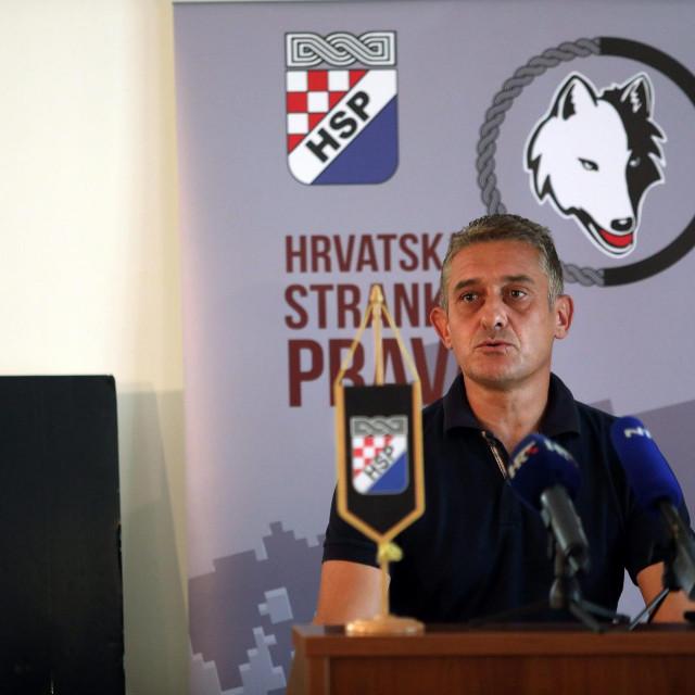 Nikica Augustinović