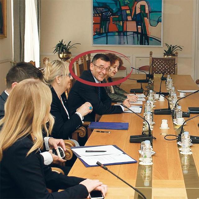 Davor Orlović je kao član HDZ-a na dužnost tajnika imenovan 2016. na četiri godine