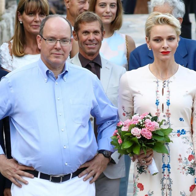 Princ Albert II i princeza Charlene snimljeni davne 2016.
