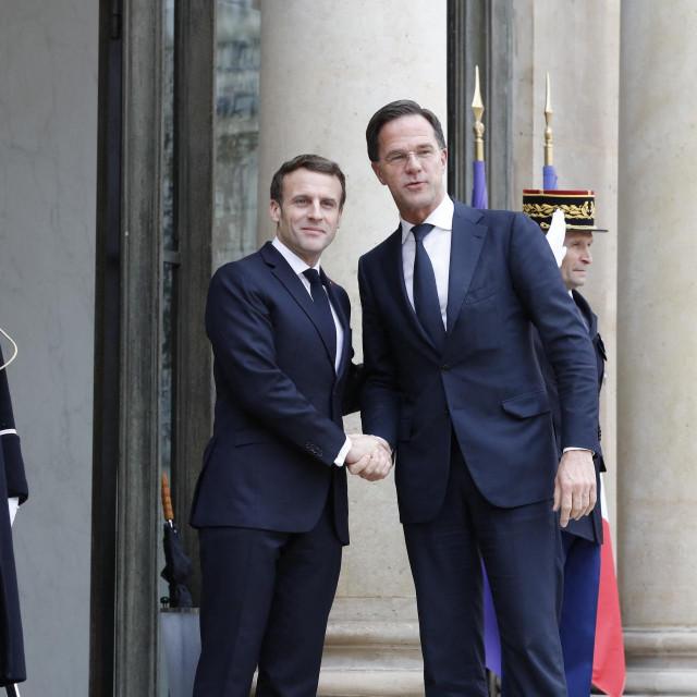 Emmanuel Macron i Mark Rutte