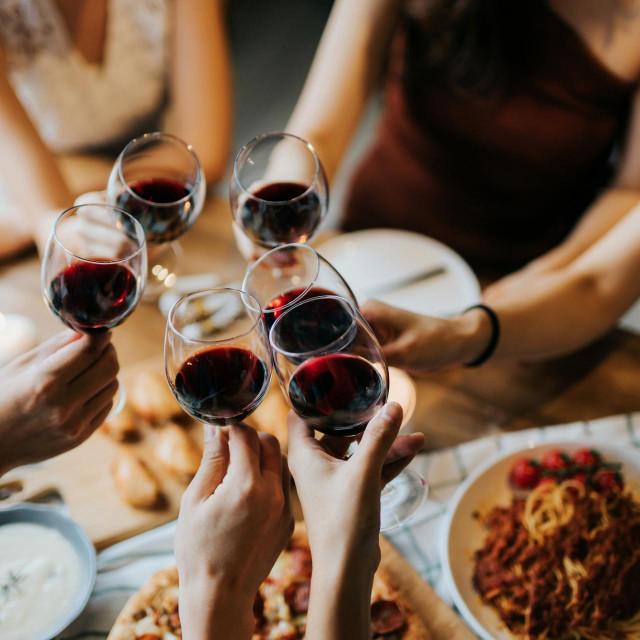 Potencijalne dobrobiti vina i drugih alkoholnih pića za srce izgledaju obećavajuće