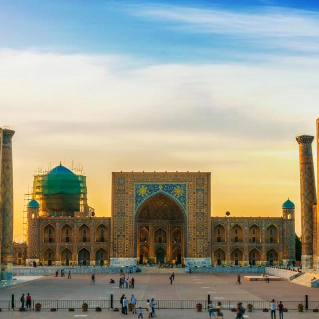 Trg Registan je najdojmljivija lokacija u Samarkandu.