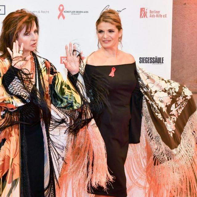 Mayte Mateos (lijevo) i Maria Mendiola (desno), snimljene 2017.