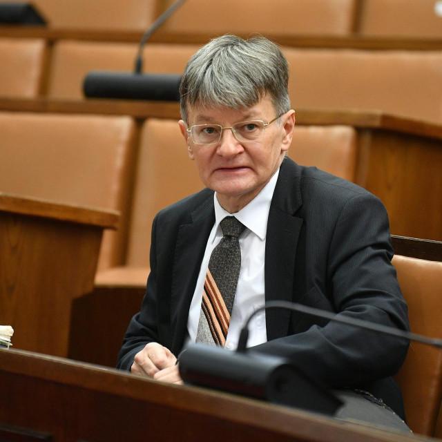 Radovan Dobronić tijekom saslušanja pred Odborom za pravosuđe Hrvatskog sabora