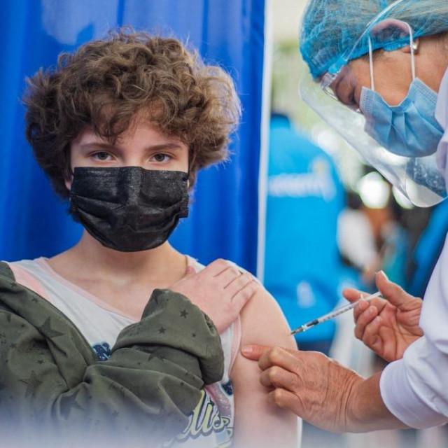 Cijepljenje mladih, Ilustracija
