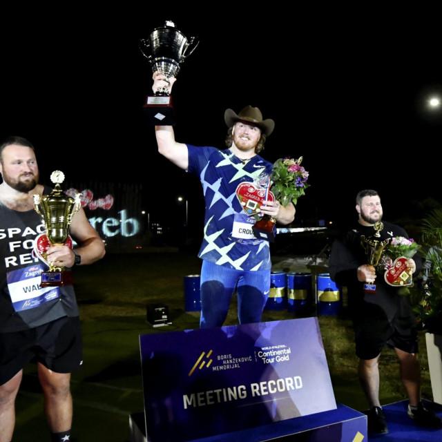 Na fotografiji: proglašenje pobjednika - 1. mjesto Ryan Crouser, 2. mjesto Tomas Walsh, 3. mjesto Joe Kovacs.