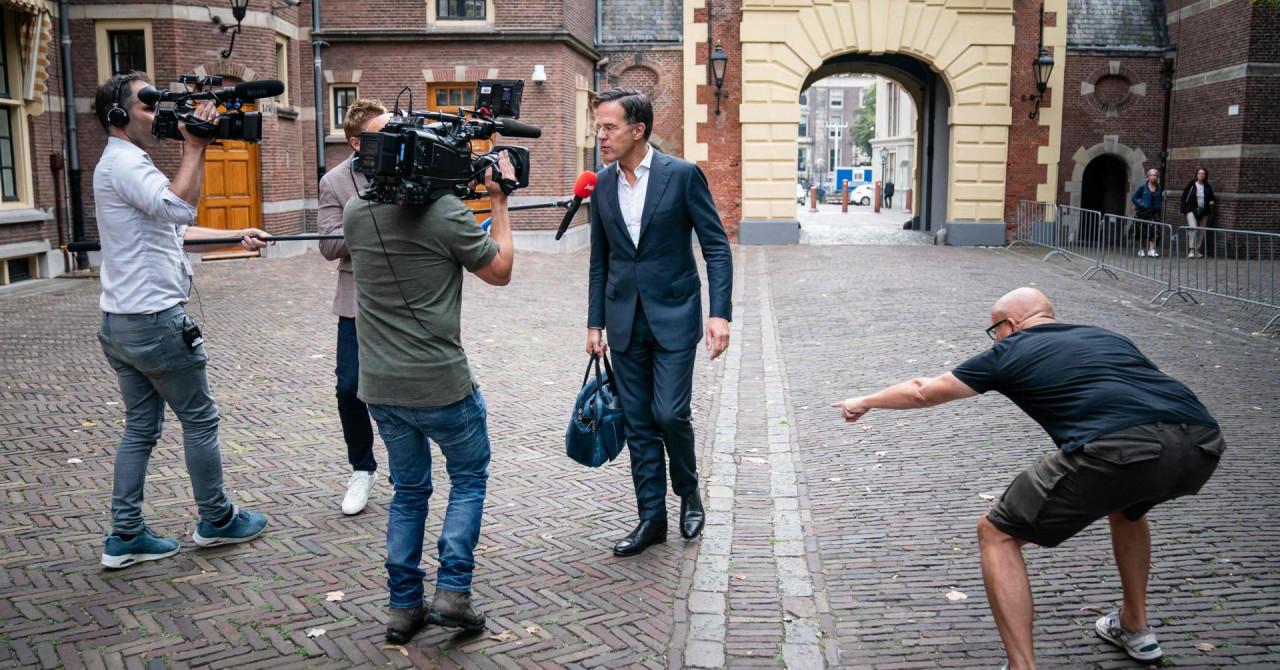 Nizozemska odustala od 3. doze, ukida obveznu socijalnu distancu, ali uvodi kontroverzne covid propusnice