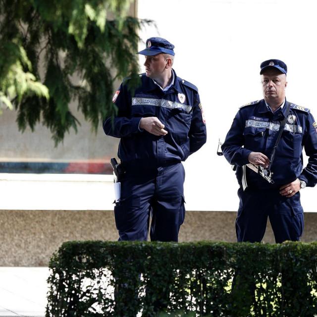Policija u Banja Luci