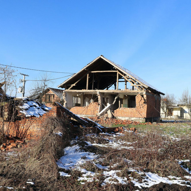 Majske Poljane poslije potresa