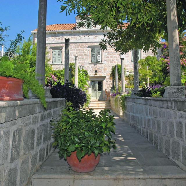 Kapetanske vile u Orebiću iz 19 st. gradili su po uzoru na Dubrovačke ljetnikovce