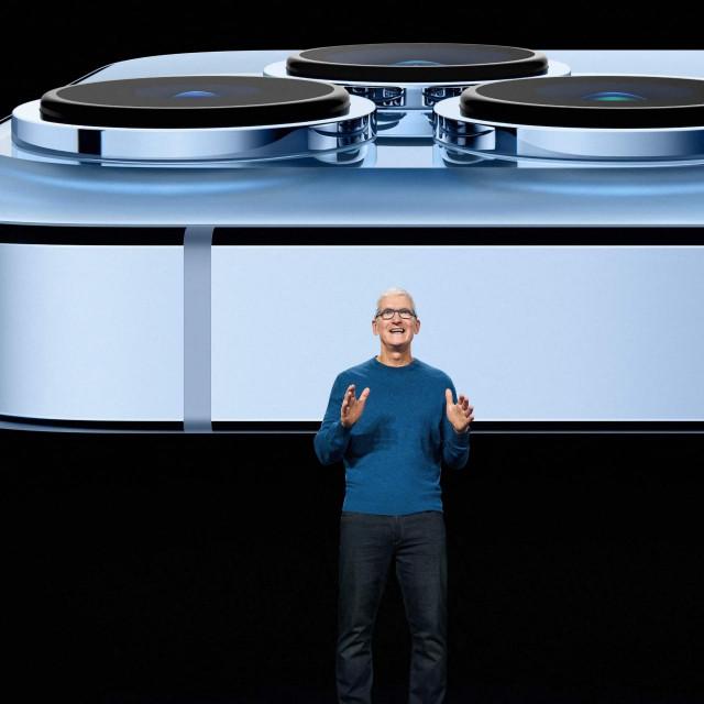 CEO Applea Tim Cook predstavio je iPhone 13 na virtualnom događaju