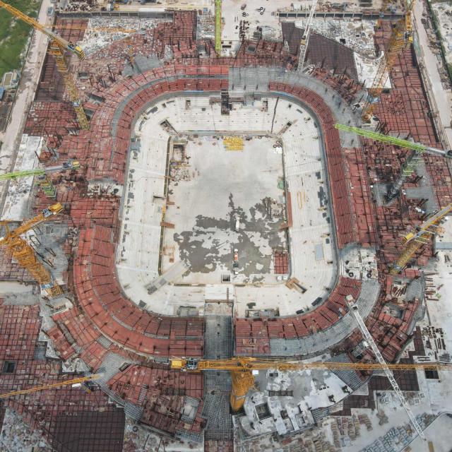 Stadion u izgradnji Guangzhou Evergrande