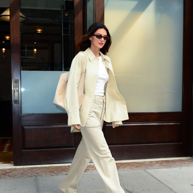 New York, NY - Supermodel Kendall Jenner steps out looking dashing for the Jimmy Fallon Show.<br /> <br /> BACKGRID USA 14 SEPTEMBER 2021,Image: 632162984, License: Rights-managed, Restrictions:, Model Release: no, Credit line: North Woods/BACKGRID/Backgrid USA/Profimedia