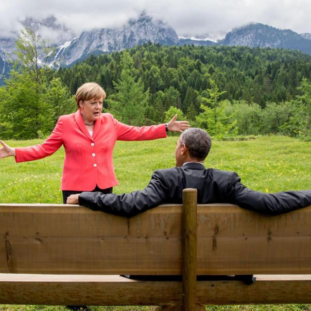 Legendarna fotografija Angele Merkel i Baracka Obame iz Garmisch-Partenkirchena