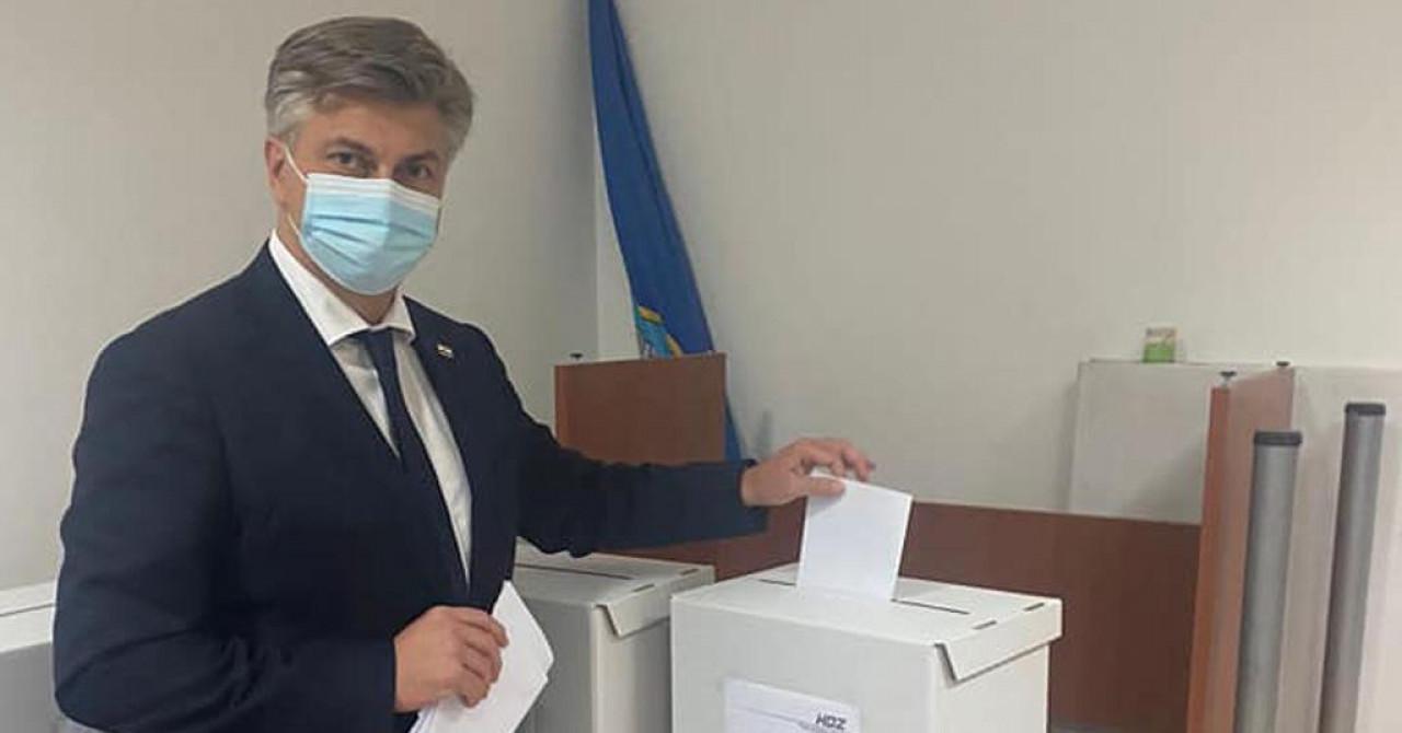 Plenković glasao na izborima svoje matične organizacije: 'Čestitam novoj predsjednici'