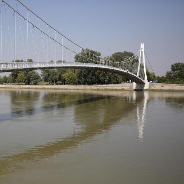 Pješački most na Dravi<br />