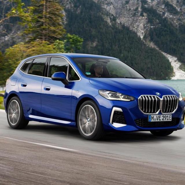 2022 BMW Serija 2 Active Tourer