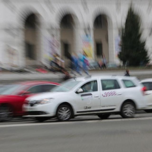 Taksi u Kijevu; ilustracija