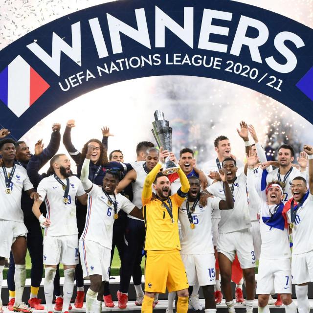 Francuzi podižu trofej pobjednika Lige nacija