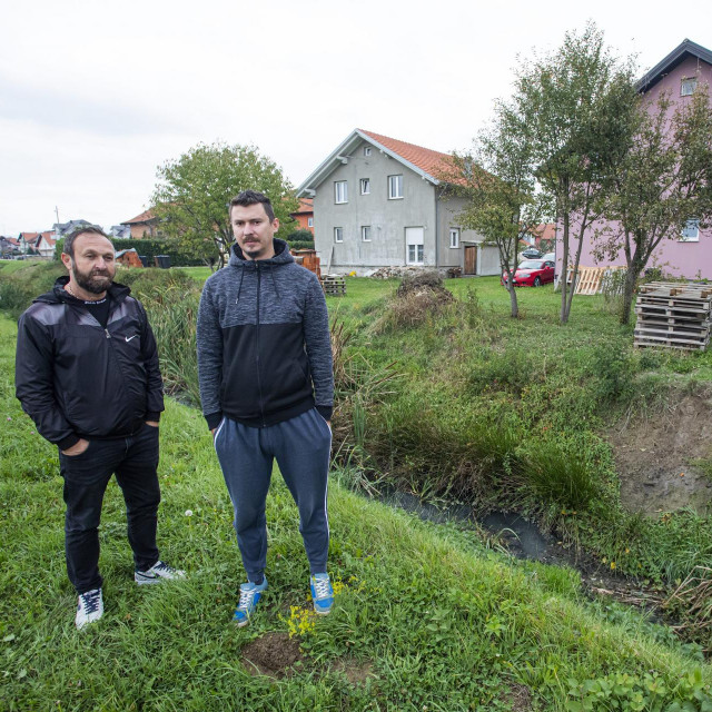 Mladen Međaković i Meho Salkić žive uz kanal pun kanalizacije