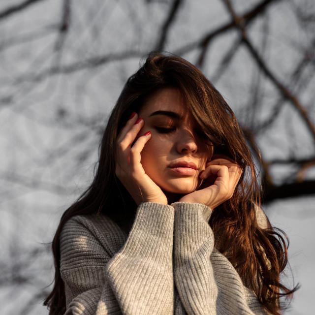 Redovite glavobolje ili one koje se pojave u isto vrijeme svaki mjesec mogu biti znak da se mijenjaju razine hormona