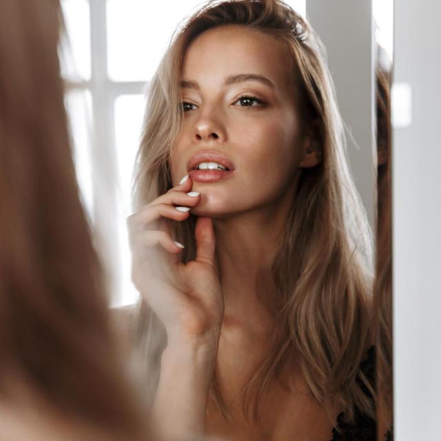 Postoji nekoliko podmuklih pokazatelja da vaša koža stari brže nego što bi trebala