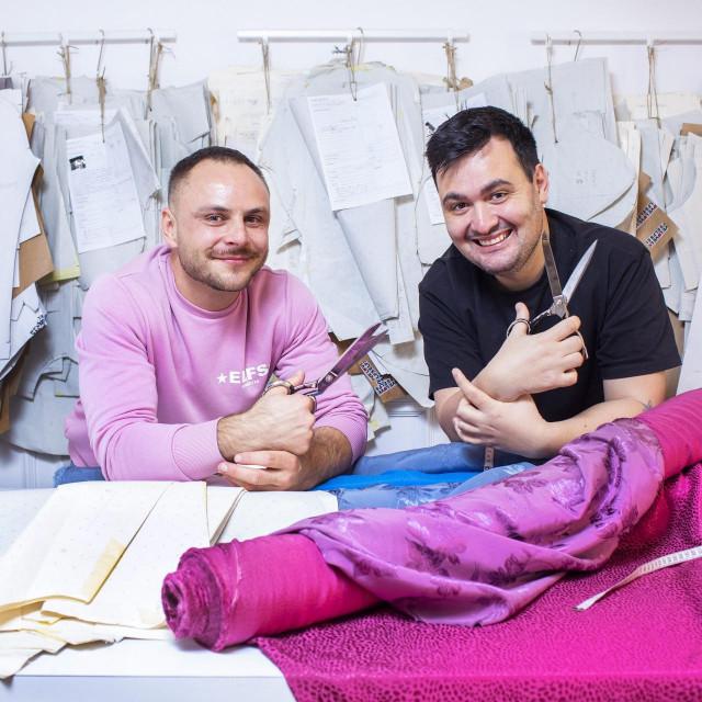 "Aleksandar Šekuljica i Ivan Tandarić, modni dizajnerski dvojac Elfs, predstavljaju novu kolekciju pod nazivom ""Slow down, go green"""
