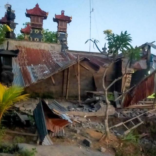 Potres na Baliju