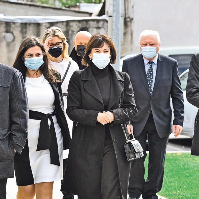 Jelenu Pavičić Vukičević (sredina) u Gradskoj skupštini zamjenit će Nenad Predovan, politički tajnik stranke koji je postao i predsjednik Kluba zastupnika