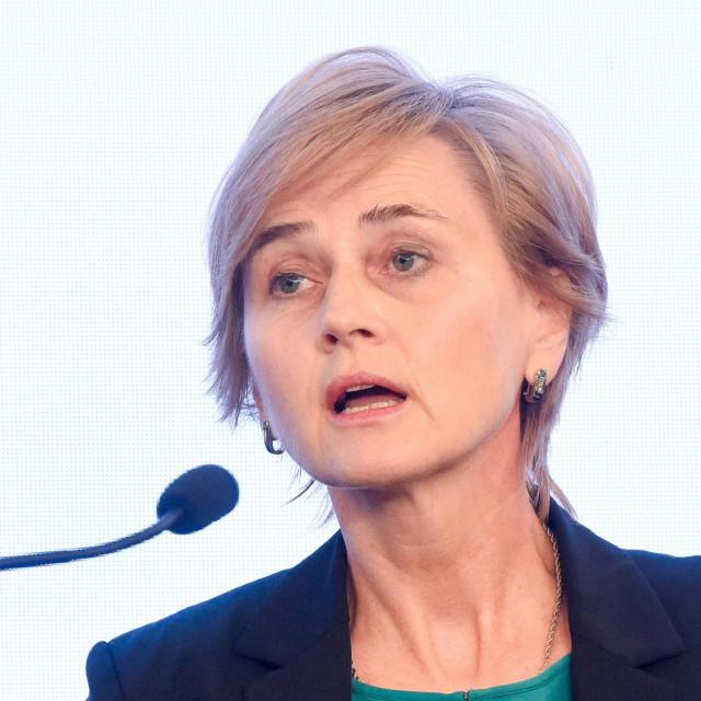 Sandra Švaljek