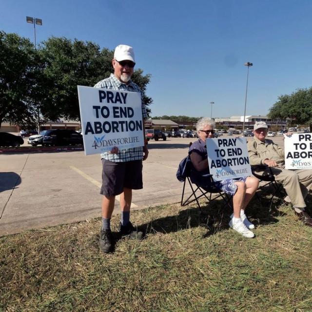 Prosvjednici protiv abortusa.