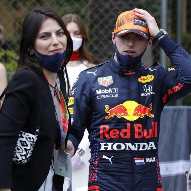 Max Verstappen i Kelly Piquet