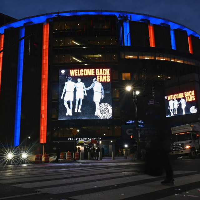 View of Madison Square Garden prior to the New York Knicks against Golden State Warriors basketball game on February 23, 2021 in New York City. - New York State Governor Andrew Cuomo earlier this month paved the way for the Knicks to welcome back supporters when he announced that he would allow stadiums to open at ten percent capacity, after being closed for nearly a year due to the covid-19 pandemic.<br /> Approximately 2000 people will be allowed to attend tonight's game. (Photo by Angela Weiss/AFP)
