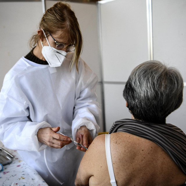 Cijepljenje, Ilustrativna fotografija
