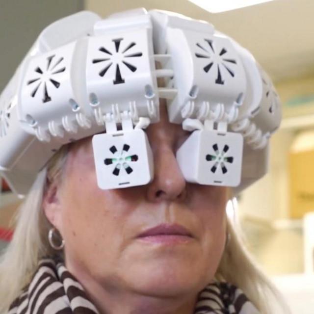 Kaciga koja potencijalno liječi demenciju
