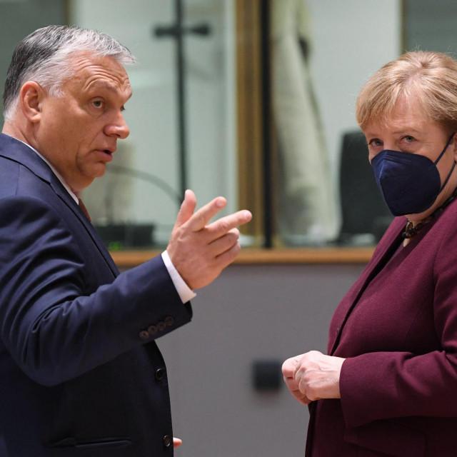 Viktor Orban i Angela Merkel