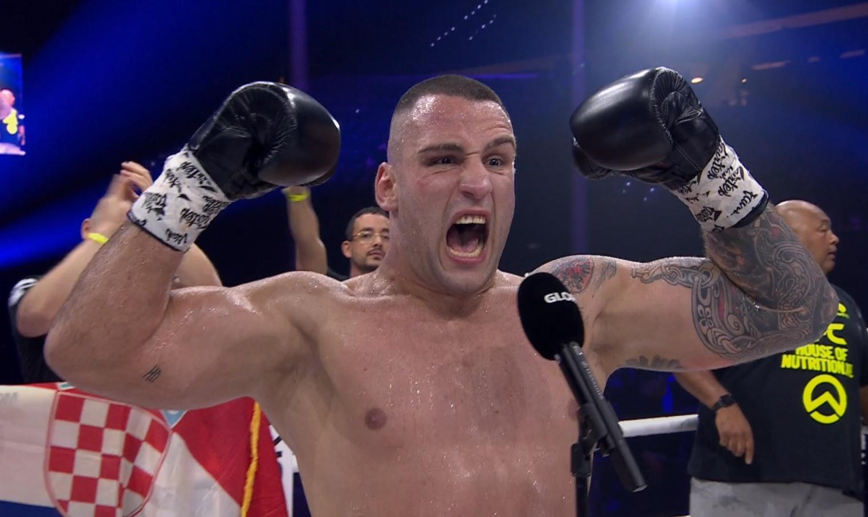 Antonio Plazibat uništio jednog od najboljih boraca svijeta, Adegbuyi je pao na početku druge runde