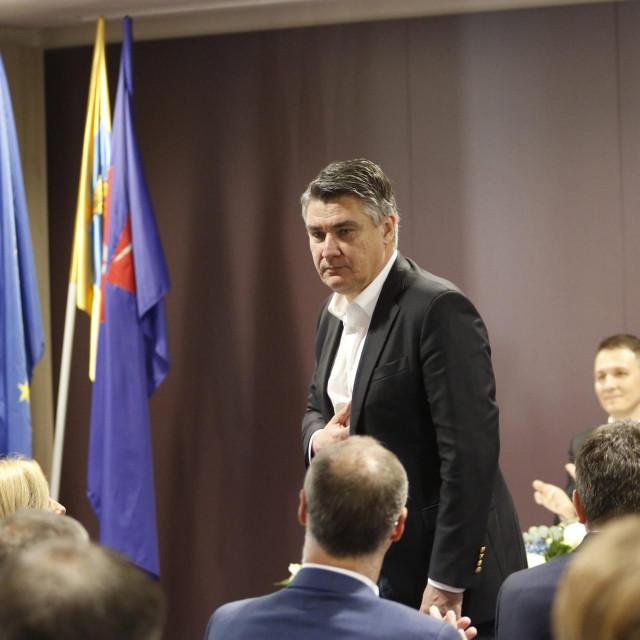 Predsjednik Zoran Milanović na svečanoj sjednici u Makarskoj